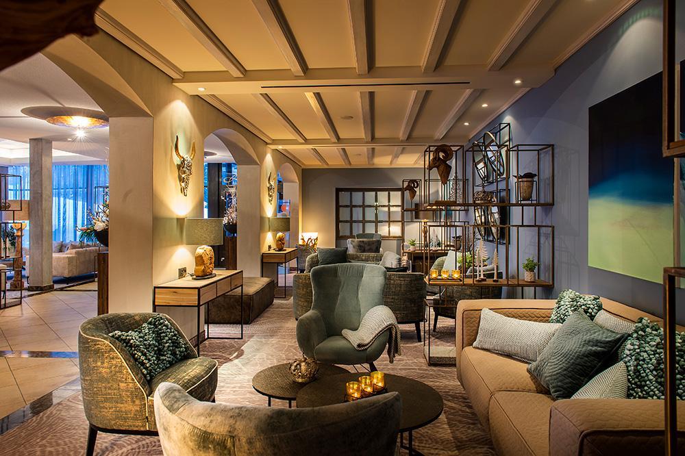 travel-charme-fuerstenhaus-lobby-neu-seitlichSeminareinTirol