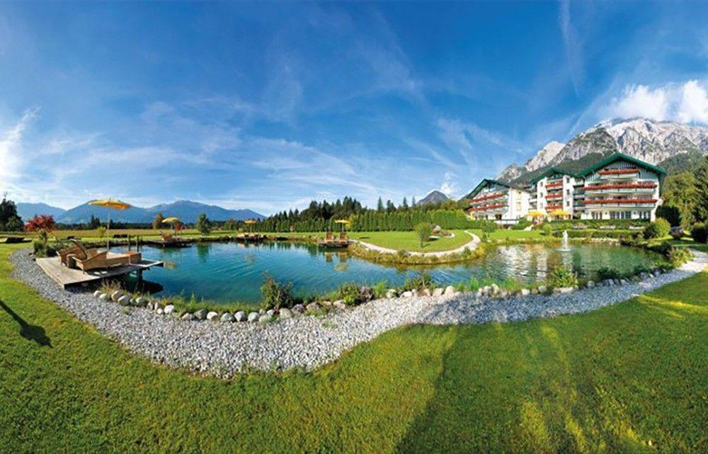 AlpenhotelSpeckbacherHofschmalAussenansichtHochzeiteninTirol1