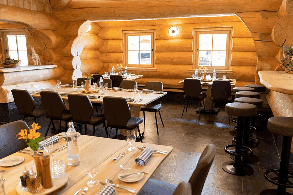 RestaurantBlockhausInnenbereichWeihnachtsfeierinTirol