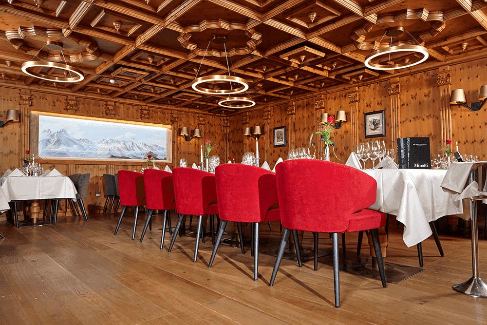 HotelInnsbruckZirbenstubeRestaurantWeihnachtsfeierinTirol