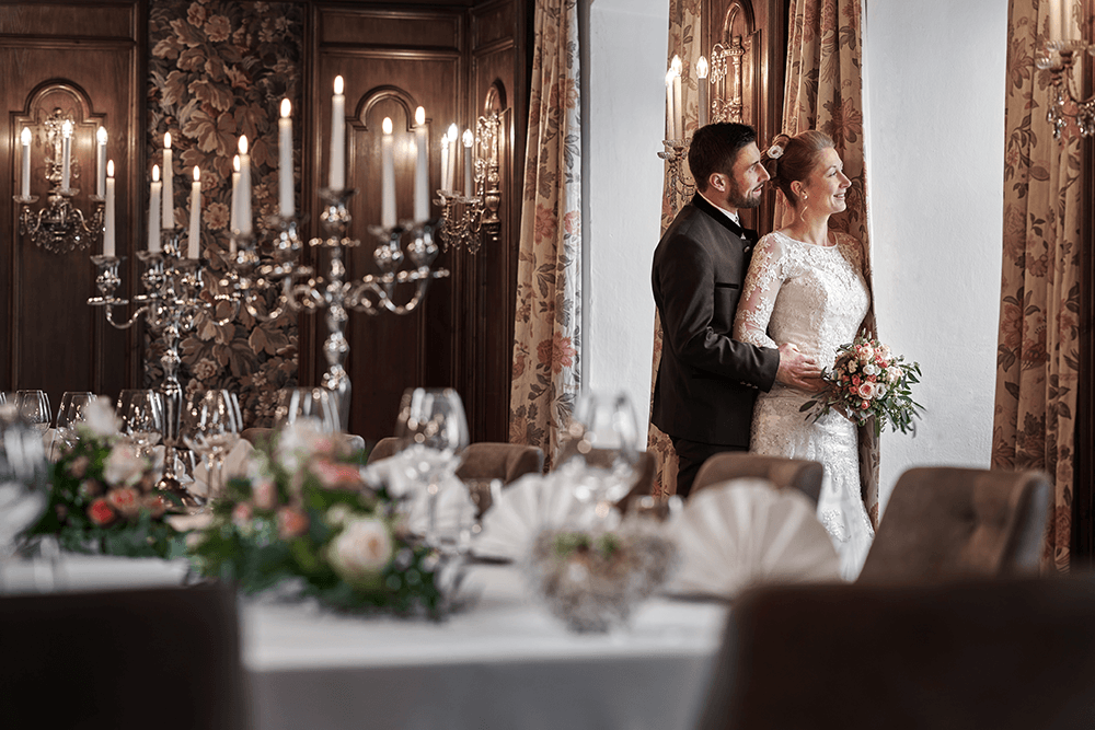 Hochzeit17102LebenbergAuenansichtWinterLebenbergSchlosshotelKitzbuhelHochzeiteninTirol