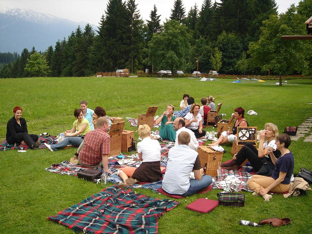 Attached-file--1006TeambuildingSpeckbacherHofSeminareinTirol