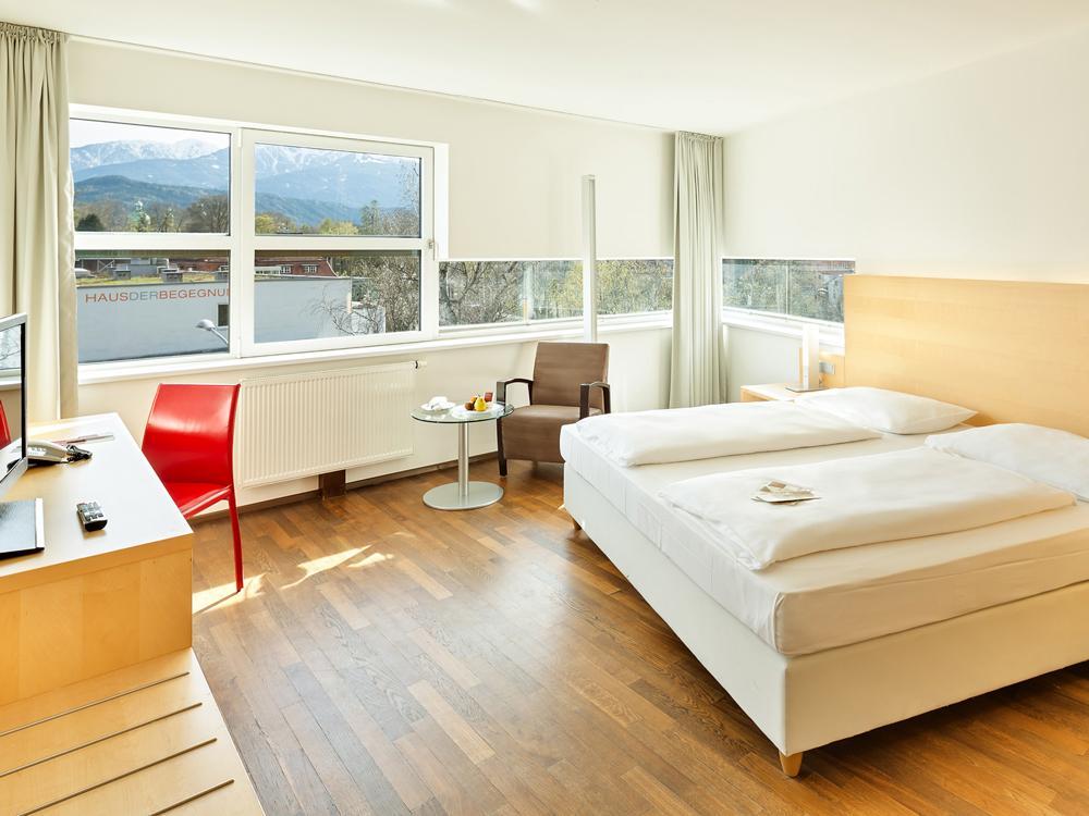 Austria-Trend-Hotel-InnsbruckComfort-Double-DoppelzimmerSeminareinTirol--Austria-Trend-Hotels