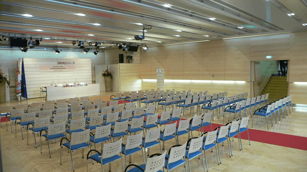 Congress-InnsbruckSaal-StrassburgSeminareinTirol--Congress-Messe-Innsbruck