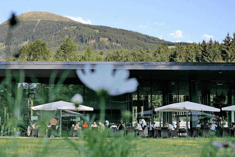 Congresspark-IglsTerasseBlick-auf-PatscherkofelSeminareinTirol--Congress-Messe-Innsbruck
