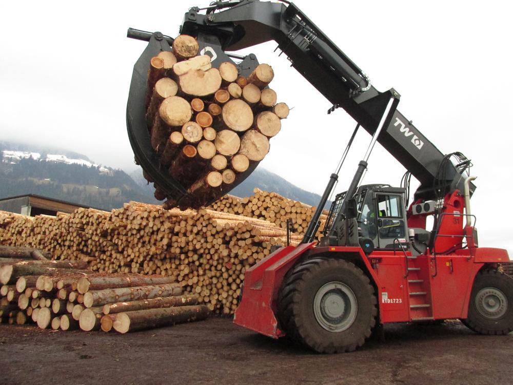 FeuerWerk-HolzerlebnisweltHolzarbeitenSeminareinTirol--FeuerWerk-Holzerlebniswelt
