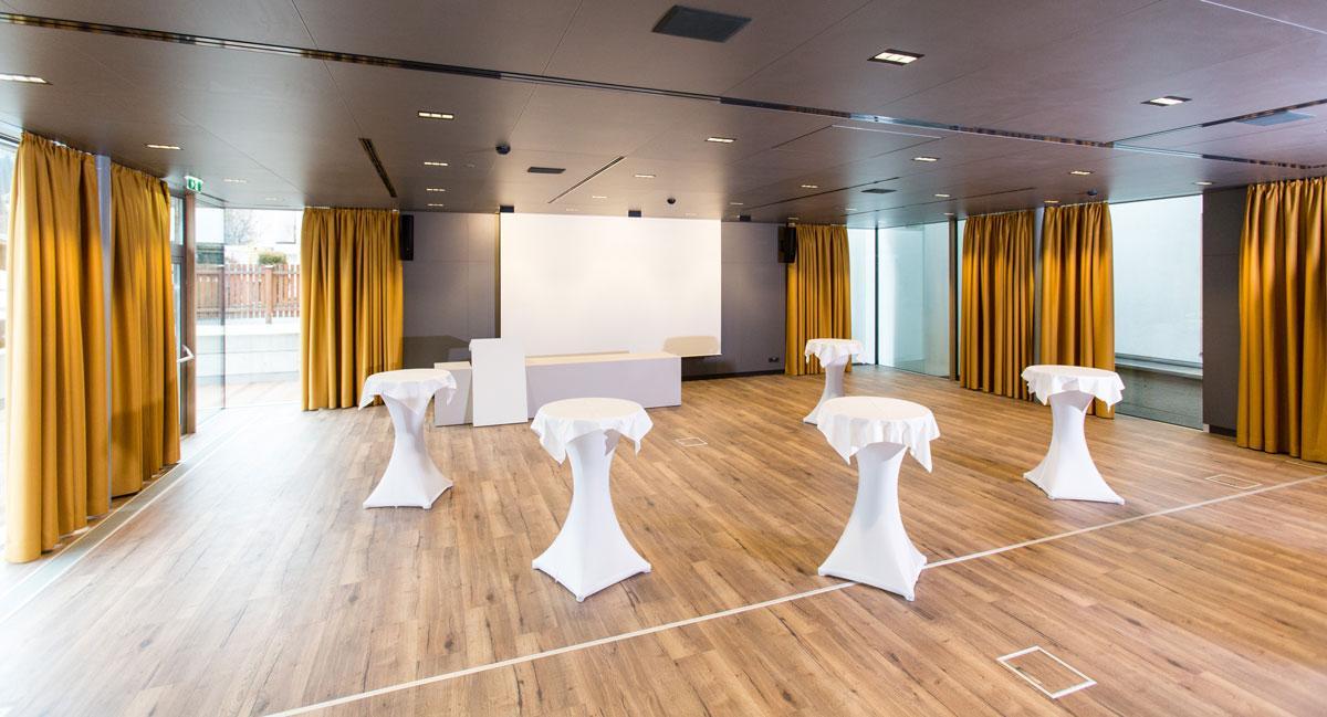Hotel-und-Wirtshaus-PostDer-Seminarraum-3-kann-fur-Prasentationen-und-Empfaenge-genutzt-werdenSeminareinTirol--Hotel--Wirtshaus-Post