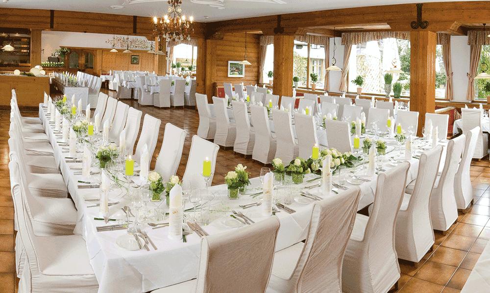 Hotel-SchwarzbrunnFestsaal-HochzeitSeminareinTirolcGerda-Eichholzer
