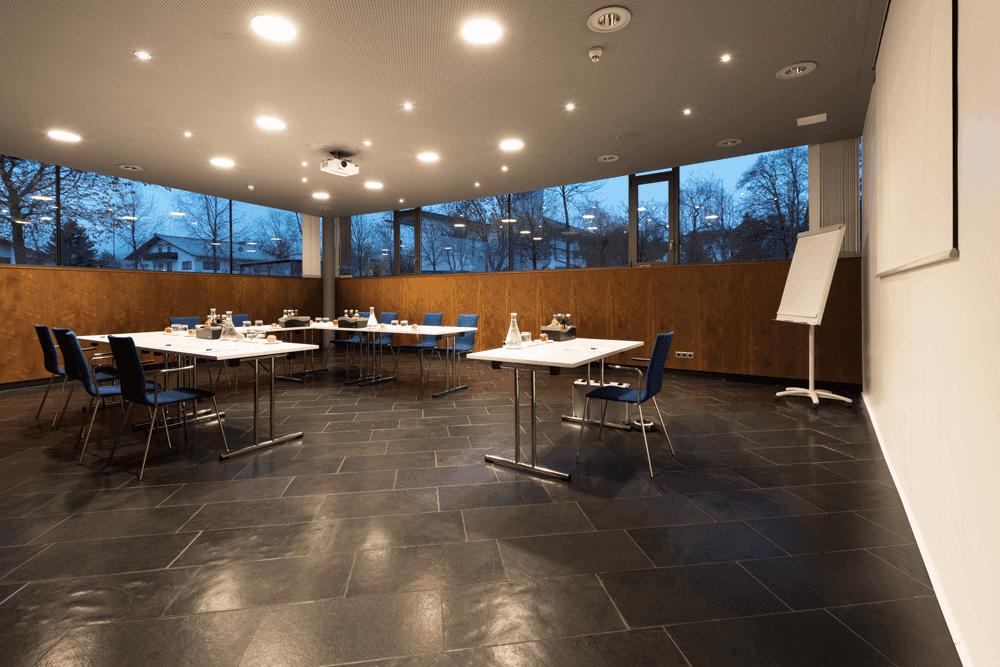 Parkhotel-HallU-Bestuhlung-SeminarraumSeminareinTirol-Parkhotel-Hall--Restaurant-Welzenbacher-Hasibeder