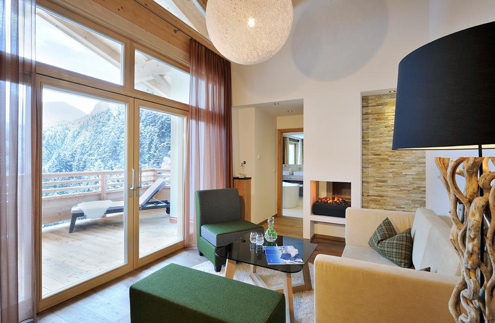 Selfness--Erwachsenen-Hotel-RitzlerhofMaster-SuiteSeminareinTirol--Selfness--Genuss-Hotel-Ritzlerhof